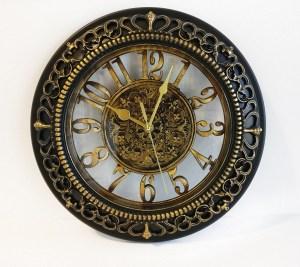 שעון קיר מעוצב מרשת זול סטוק