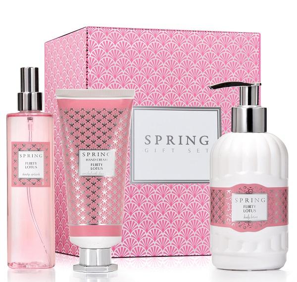 spring מארז טיפוח בניחוח flirty lotus