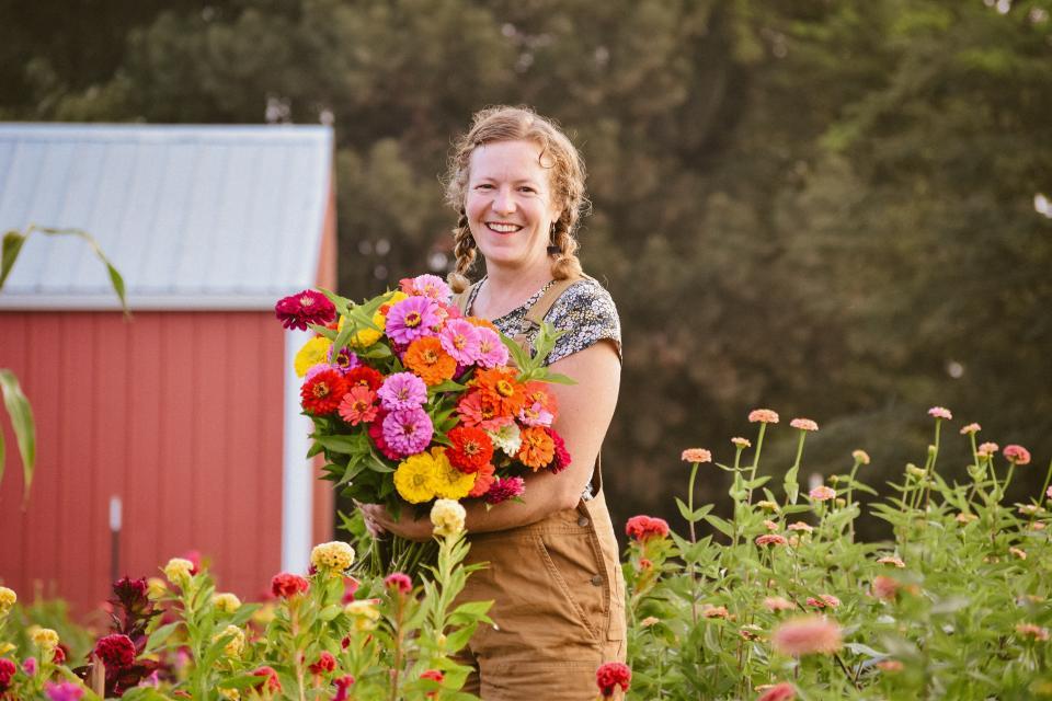 Delight Flower Farm – Florist and Urban Farm Illinois