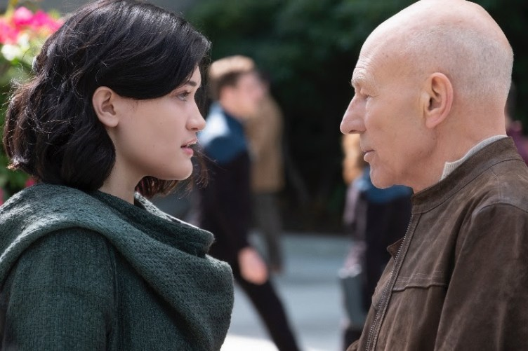 Picard and Isa Briones' character