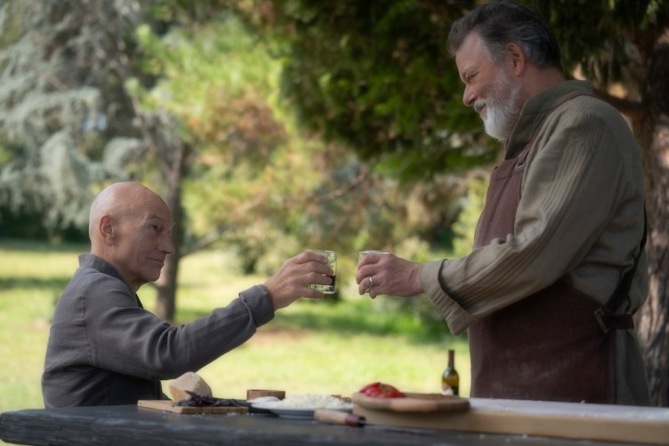 Picard and Riker toast