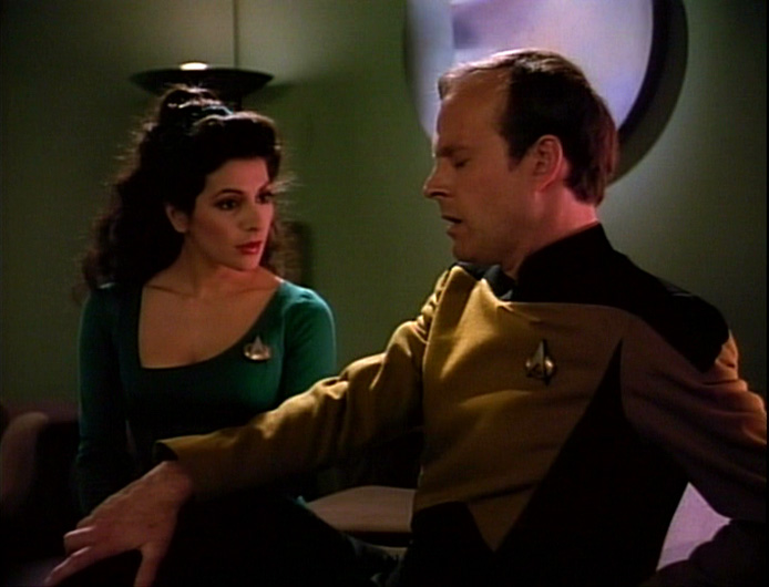 Troi counsels Barclay
