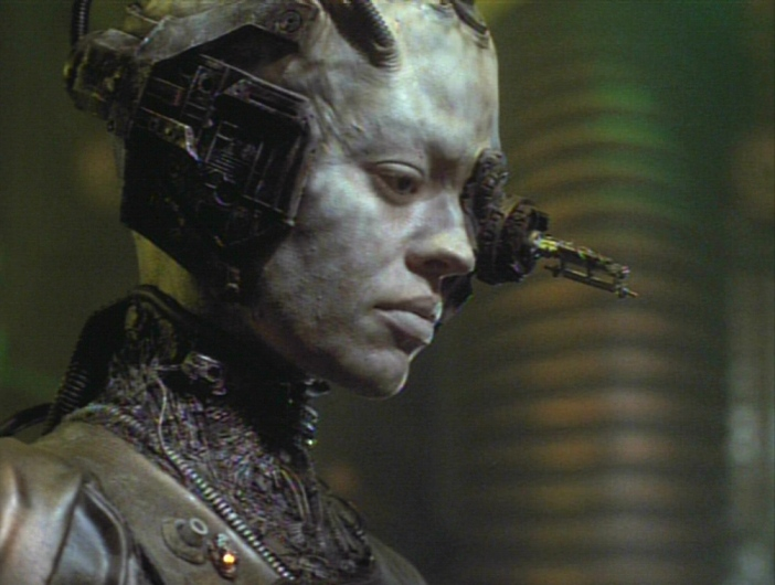 """Seven as a Borg in """"Scorpion Part II"""""""