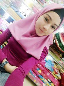 muslim girl whatsapp number