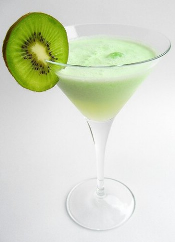 picture of served Kiwi Colada