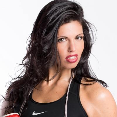 Alicia Napoleon Shuts out Nikolett Rapp in Tune Up for Title Fight