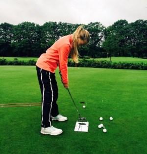 Noa Van Beek Putting Training Womens Golf