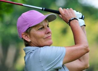 Elaine Crosby women's golf legends tour