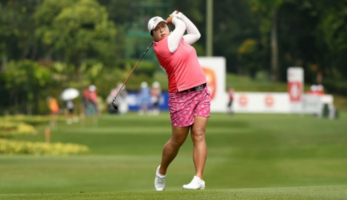 Shanshan Feng on her way to victory in the 2016 Sime Darby LPGA Malaysia