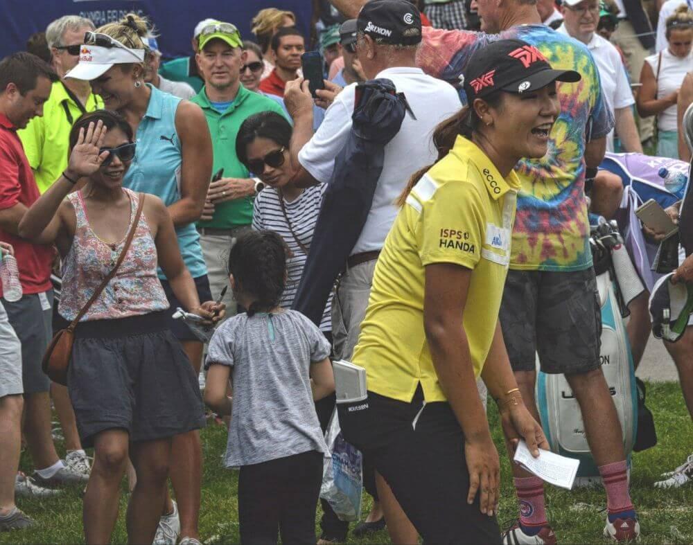 Lydia Ko signing autographs Ben Harpring my year on the LPGA tour