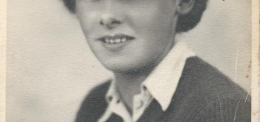Betty Bond, nee Hewitt, in her uniform taken in about 1942 when she was 20 Source: Helen Van Dongen