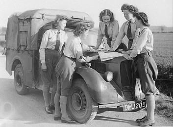 English 'land girls' of the Women's Land Army in Bedfordshire planning a campaign to combat the infestation of crops by Colorado beetles in 1948. The majority of women who had undertaken agricultural national service on Great Britain's farms during the war were demobilised at the end of the conflict in 1945 but many continued to be paid volunteers on farms because of the continued need for their labour until the scheme ended on 30 November 1950. Source: Stuart Antrobus. Courtesy of Bedfordshire Times, England.