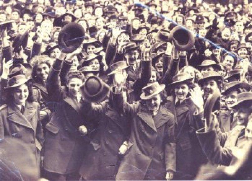 VJ Bedfordshire Celebrations Bedfordshire Times. Courtesy of Stuart Antrobus