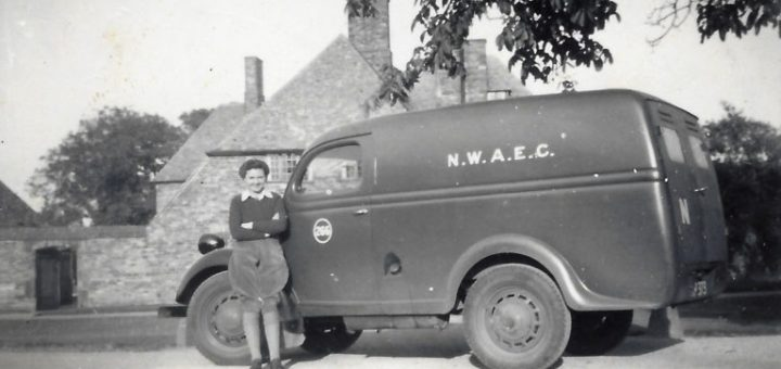 Joyce and her van. Noted as N.W.A.E.C. at Brackley hostel 1946/47.