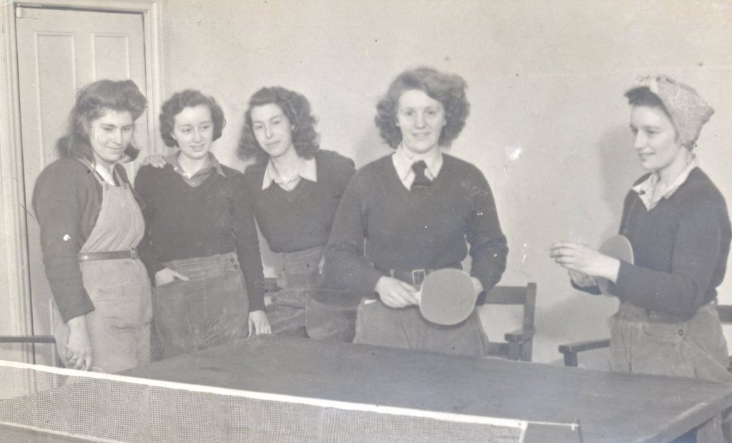 Aspley Guise hostel Bedfordshire_table tennis recreation post-war in a requisitioned manor house_ The Holt