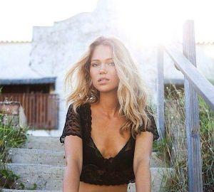 Essena O'Neill modelling.