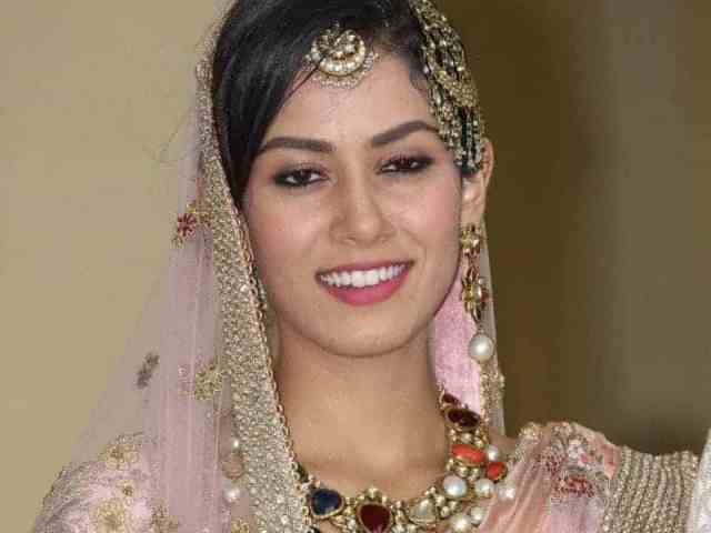 this year indian wedding hairstyles, women styles, hairstyles