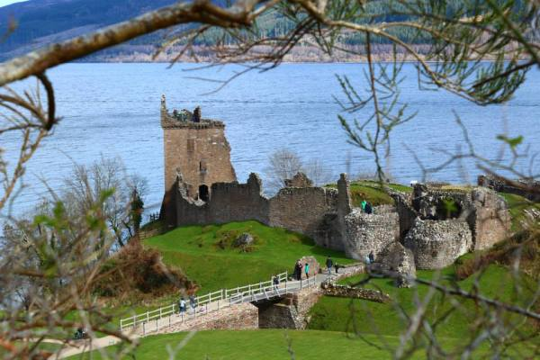 The Castle on the shores of Lochness..
