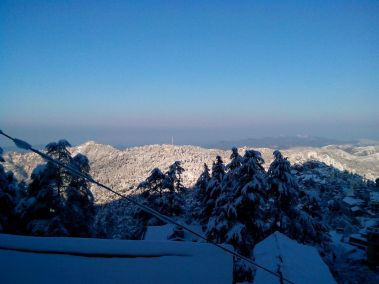Shimla's View from Jakhoo Road in winters