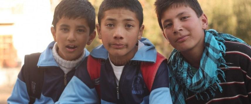 School children at kaza -- Let's pose!