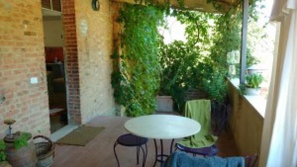 verandah Tuscany homestay