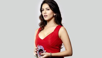 bbc-100-women-includes-sunny-leone