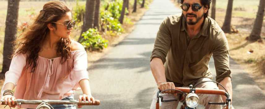 the-dear-zindagi-plot-on-therapy