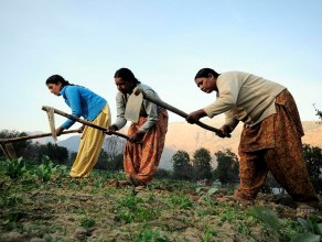 women-working-in-the-informal-sector