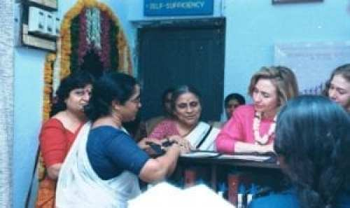 Hillary Clinton with Ela Bhatt at SEWA Bank in 1995