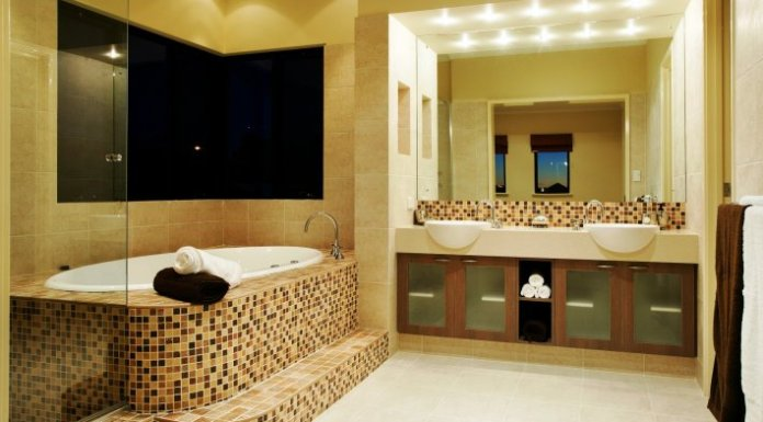 7 Simplest Tips to Decorate Your Bathroom