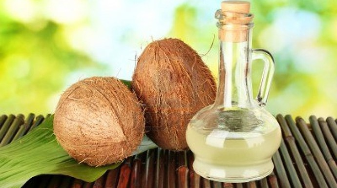 10 Surprising beauty uses of coconut oil