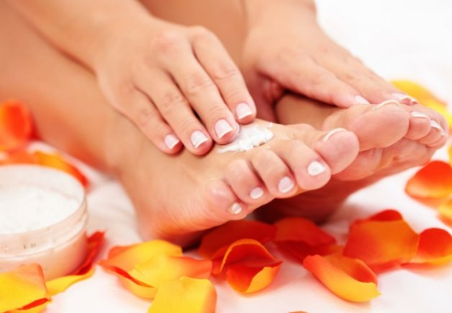11 Steps to a DIY Pedicure