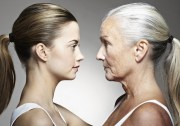 4 BAD HABITS THAT AGE YOU FASTER
