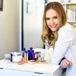 Jacqueline Schaffer Talks Schique Skincare and Beauty Regimens on Women Worldwide