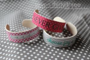 popsicle_stick_bracelet