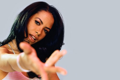 Aaliyah Famous Stars Who Died Too Young