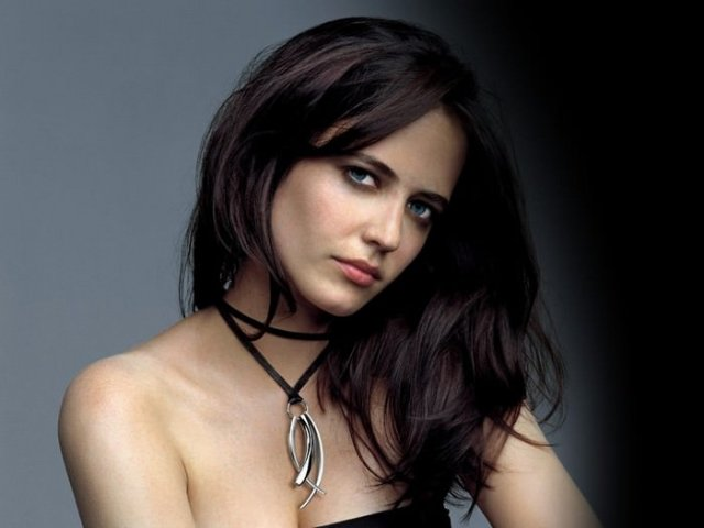 Eva Green Hottest Actresses in Hollywood