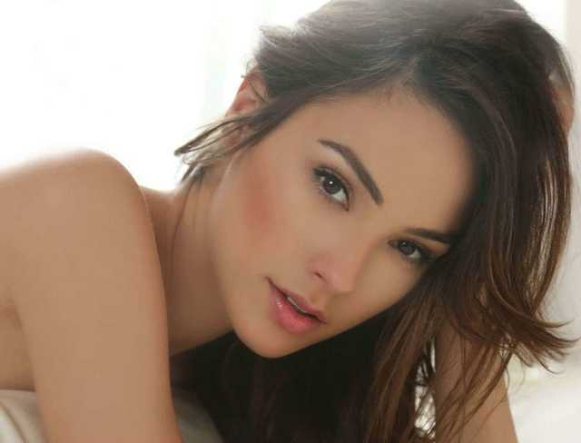 gal gadot most beautiful actress
