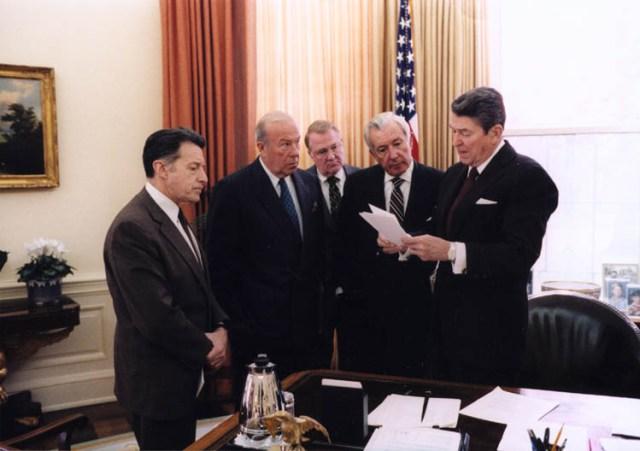 10 Biggest US Presidential Scandals