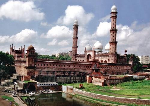 Taj ul Mosque - Bhopal, India