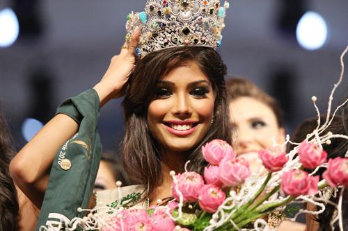 10 Indian Beauties