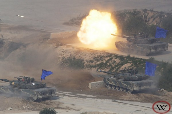 South Korean army K1A1 battle tank fires