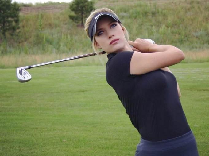 hottest woman golfer