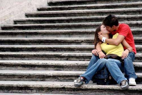 Kissing Has Health Benefits