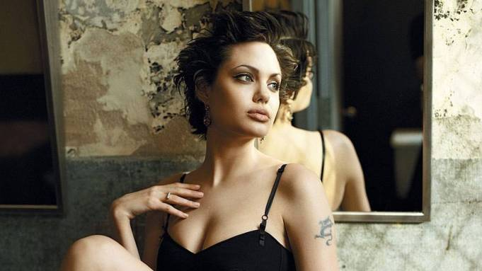 Beautiful Actresses who were Models