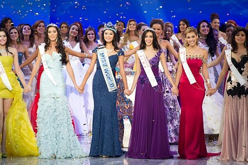 Miss World 2012 with Continental Queens