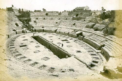 Flavian Amphitheater Roman Theatres