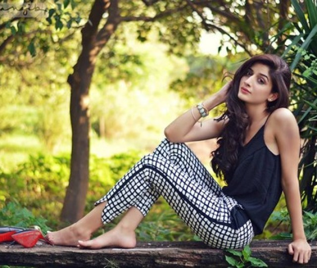 Mawra Hocane Hot Pakistani Actress