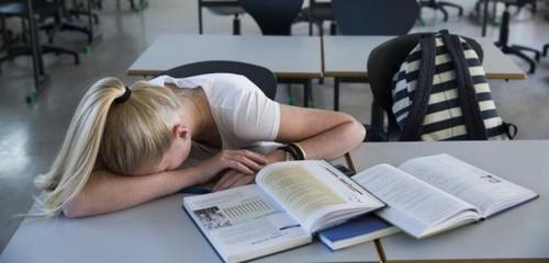 Coisas loucas que acontecem se você não dormir o suficiente