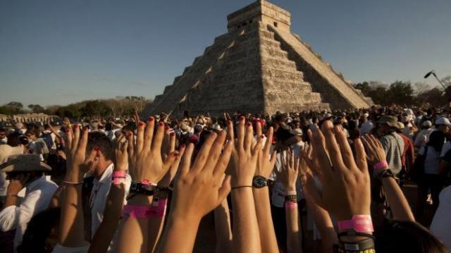 Chichén Itzá The Mystery of the Equinox